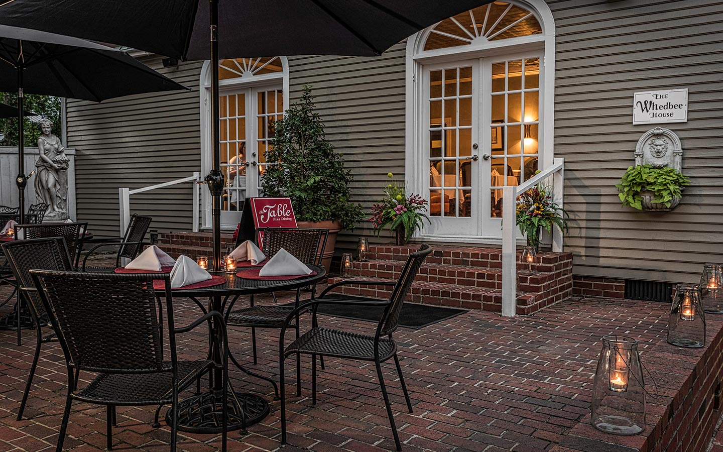 The patio at The Table at Inner Banks Inn